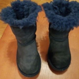 UGG Toddler Girls Navy Blue Suede Mini Bailey Bow